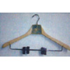 2 PK Wooden Hanger With Metal Clips