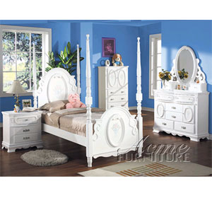 Flora Post Bedroom Set in White Finish 1657/1660 (A)