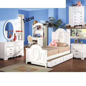 Flora White Finish Bedroom Set 1677/1680